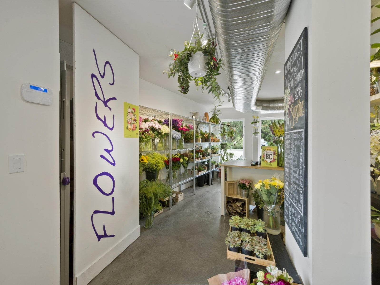 MARKET FLOWER SHOP      1 - 473 Gower Point Road, Gibsons BC V0N1V0 - Gibsons & Area COMM for sale(C8019459) #6