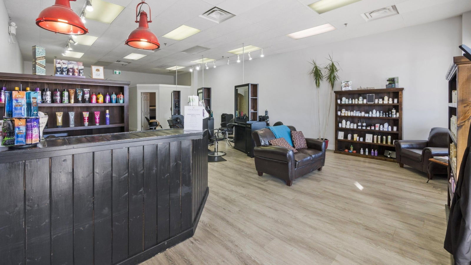 Dorado Beauty Bar 111, 1111 Sunshine Coast Highway - Gibsons & Area COMM for sale(C8017219) #10