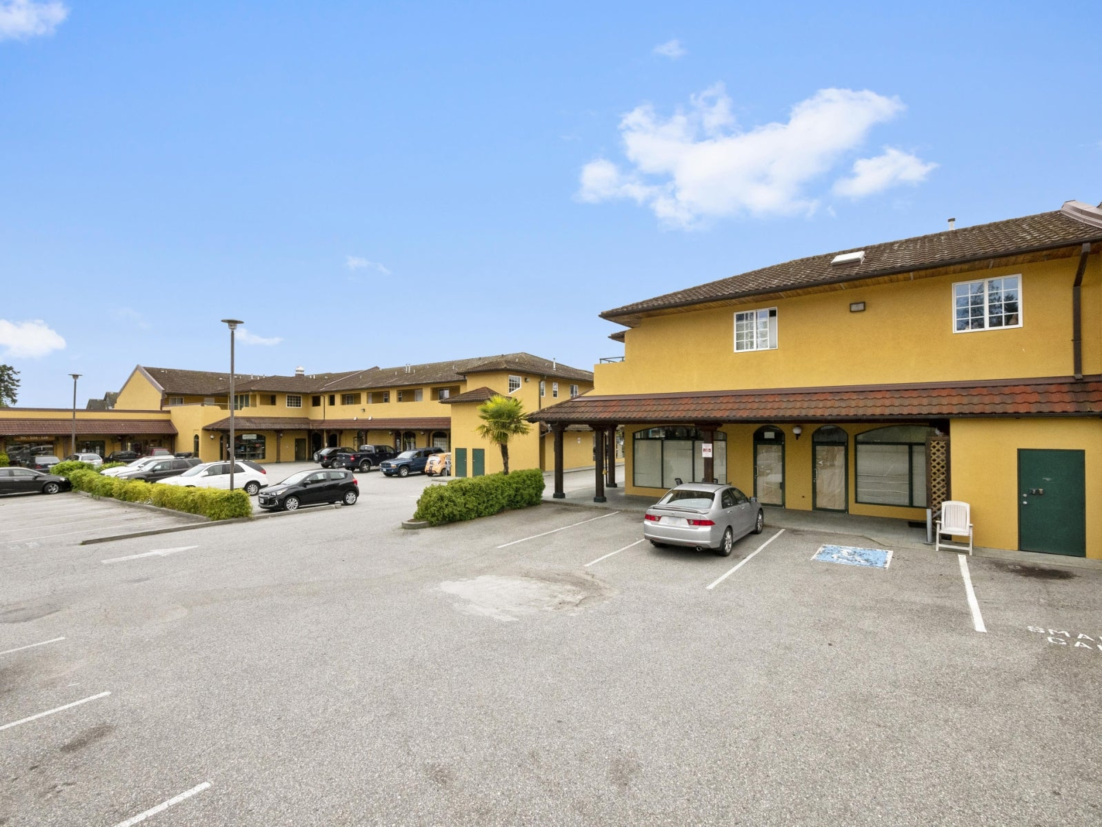 DAPHNE'S MEDITERRANEAN GRILL    5530 Wharf Ave, Sechelt BC V0N 3A0 - Sechelt District COMM for sale(C8018948) #6