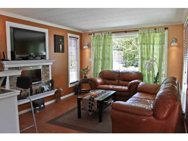 # 68 1413 SUNSHINE COAST HY - Gibsons & Area Manufactured for sale, 3 Bedrooms (V1013866) #13