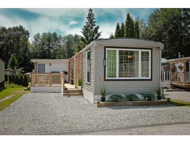# 68 1413 SUNSHINE COAST HY - Gibsons & Area Manufactured for sale, 3 Bedrooms (V1013866) #1