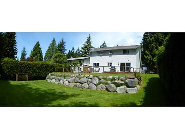 1041 FIRCREST RD - Gibsons & Area House/Single Family for sale, 3 Bedrooms (V1065195) #3