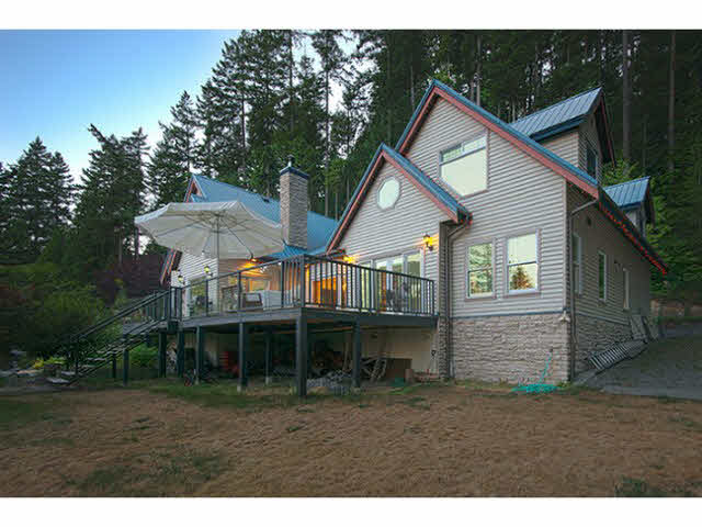888 RUFFUM ROAD - Gibsons & Area House with Acreage for sale, 3 Bedrooms (V1120926) #1