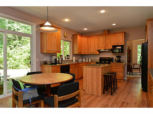 948 SEAWARD CLOSE - Gibsons & Area House/Single Family for sale, 4 Bedrooms (V1126190) #1