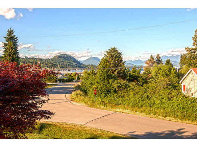 347 BURNS ROAD - Gibsons & Area House/Single Family for sale, 4 Bedrooms (V1130073) #13