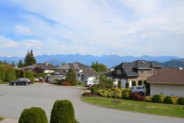 513 EAGLECREST DRIVE - Gibsons & Area House/Single Family for sale, 3 Bedrooms (R2005348) #1
