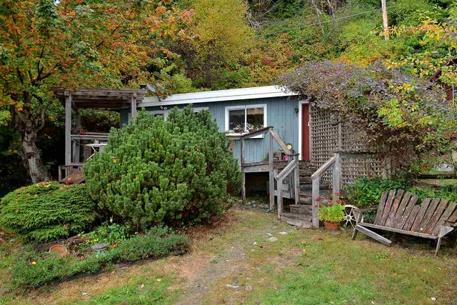 2028 OCEAN BEACH ESPLANADE - Gibsons & Area House with Acreage for sale(R2006291) #2