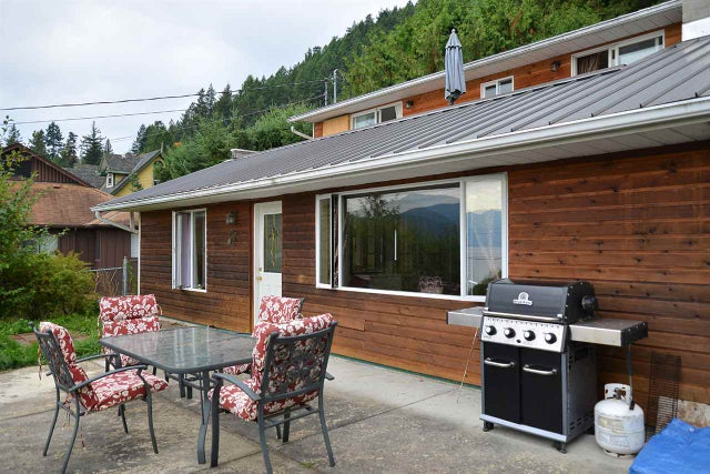 1115 POINT ROAD - Gibsons & Area House/Single Family for sale, 3 Bedrooms (R2007640) #16