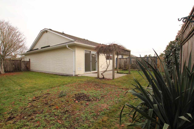 19 767 NORTH ROAD - Gibsons & Area Townhouse for sale, 2 Bedrooms (R2013565) #2