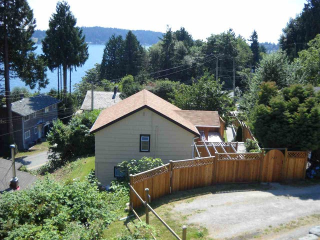 787 MARINE DRIVE - Gibsons & Area House/Single Family for sale, 3 Bedrooms (R2015222) #13