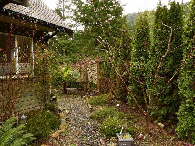 949 VILLAGE DRIVE - Bowen Island House/Single Family for sale, 3 Bedrooms (R2042315) #18