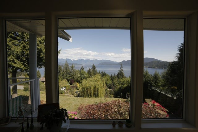 1611 NORTH ROAD - Gibsons & Area House/Single Family for sale, 4 Bedrooms (R2063824) #15