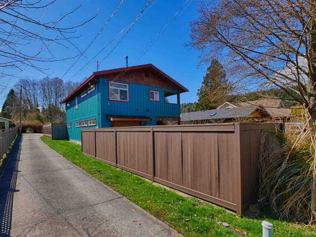 657 DOUGALL ROAD - Gibsons & Area House/Single Family for sale, 3 Bedrooms (R2152073) #2