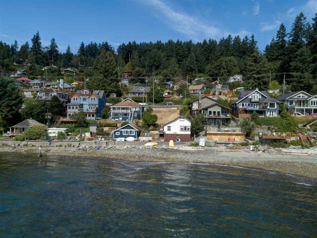 816 MARINE DRIVE - Gibsons & Area House/Single Family for sale, 2 Bedrooms (R2200954) #2