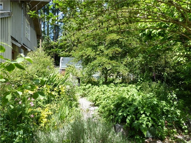 3741 Sunshine Coast Hwy, Gibsons BC V0N 2W2 - Roberts Creek House/Single Family for sale, 2 Bedrooms (V996390) #15